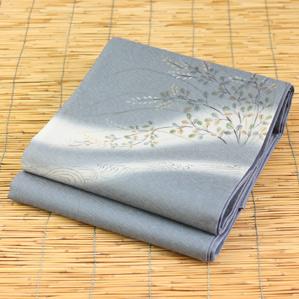 正絹手描き絹芭蕉手織り袋帯「ブルーグレーに花柄」お仕立て代サービスです。