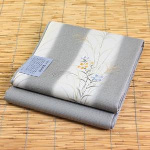 正絹手描き絹芭蕉手織り袋帯「落ち着いた薄黄緑に短冊と花柄」お仕立て代サービスです。