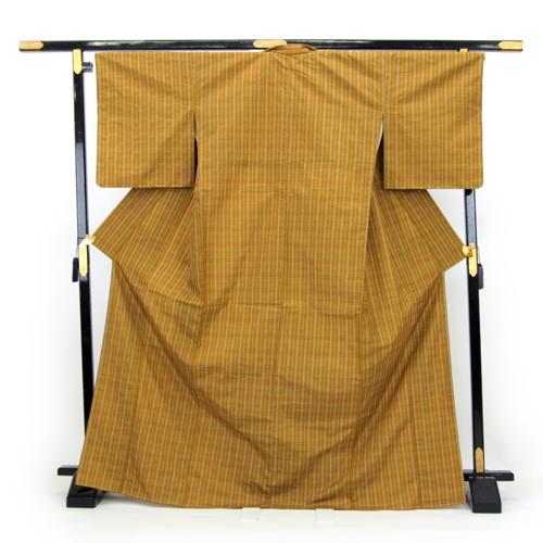 お仕立て上がり 日本製 袷 紬着物 「黄土色地にチェック模様」