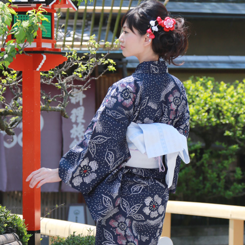Yukata set ladies new Aperture adjustment still weave yukata set ' in the dark blue white Kanoko and floral ' yukata belt clogs Womens retro chic women kimono women yukata set