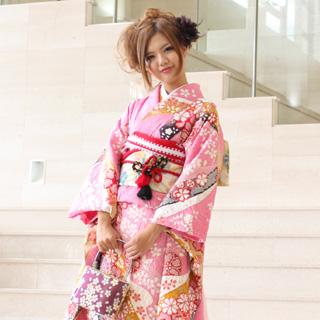 【レンタル】【最大20日間】 振袖 レンタル 成人式 セット正絹京友禅 20点フルセット「ピンク地に絞り黒・赤・黄色の流れ花吹雪」成人式から結婚式やフォーマルまで 着物 kimono フリソデ ふりそで rental れんたる せいじんしき セイジンシキ