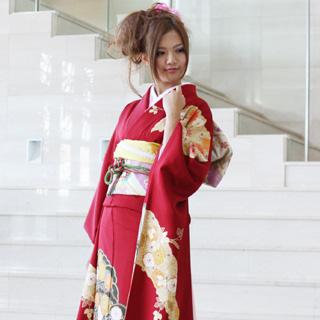 【レンタル】【最大20日間】 振袖 レンタル 成人式 セット正絹京友禅 20点フルセット「赤地に深緑金刺繍梅と黄色菊」成人式から結婚式やフォーマルまで。 着物 kimono フリソデ ふりそで rental れんたる せいじんしき セイジンシキ