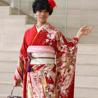 【レンタル】【最大20日間】 振袖 レンタル 成人式 セット正絹京友禅 20点フルセット「赤地にピンク・黄・白の熨斗目柄鞠に松と桜」成人式から結婚式やフォーマルまで。 着物 kimono フリソデ ふりそで rental れんたる せいじんしき セイジンシキ