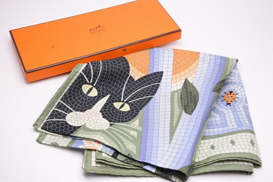 ◆[USED/中古]◆送料無料◆【美品】HERMES エルメス スカーフ カレ90 猫 CAVE FELEM(猫に注意) 中古 美品 スカーフ ◆【中古】