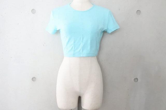 USED 中古 日本未発売 送料無料 美品 CHANEL シャネル 97P PO7794V05398 未使用 ヴィンテージ チビT 38 23079 ライトブルー トップス Tシャツ 総柄 ココマーク