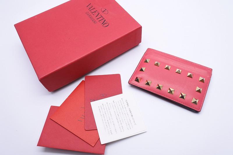 ◆[USED/中古]◆送料無料◆VALENTINO ヴァレンティノ カードケース パスケース ロックスタッズ ピンク×レッド×グリーン×グレー◆ 【中古】◆