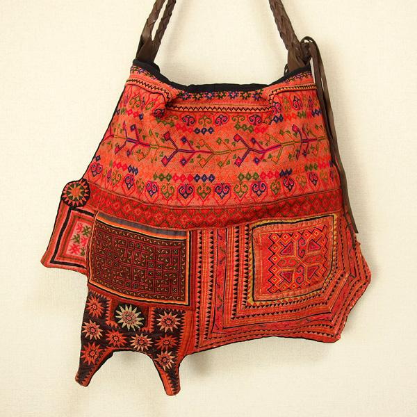 モン族 バッグ モン族民族衣装 ショルダーバッグ アンティーク布 ヴィンテージ 一点もの