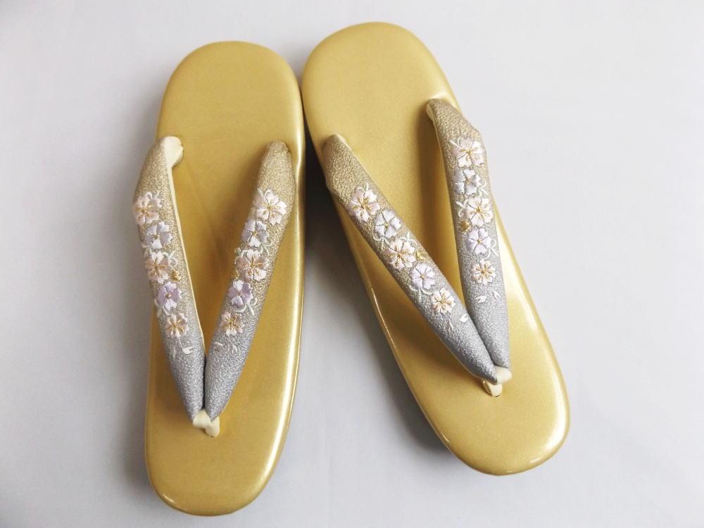刺繍草履ぞうり大きいサイズLL 金台金銀可憐花桜 着物・振袖成人式&卒業式袴に