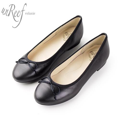 22.0~24.5cm 愛される永遠のスタンダート やさしいフォルムが好印象のバレエパンプス靴 フラット ぺたんこ バレエシューズ 数量は多 ラウンドトゥ unReef 靴 本革 スムース ブラック 返品送料無料 アンリーフ リボン 3547 黒 バレエパンプス