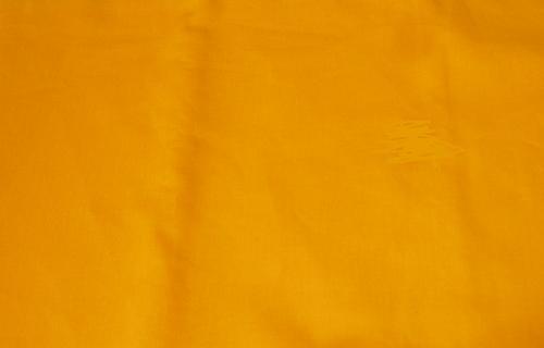 カビ虫害から守るきものメンテナンス用品 広巾大判でタンス中でゆとりの収納 ウコン風呂敷布 往復送料無料 定番 広巾大寸着物包み 着物メンテナンス用品 ウコン布 うこん生地 和装小物 うこん布