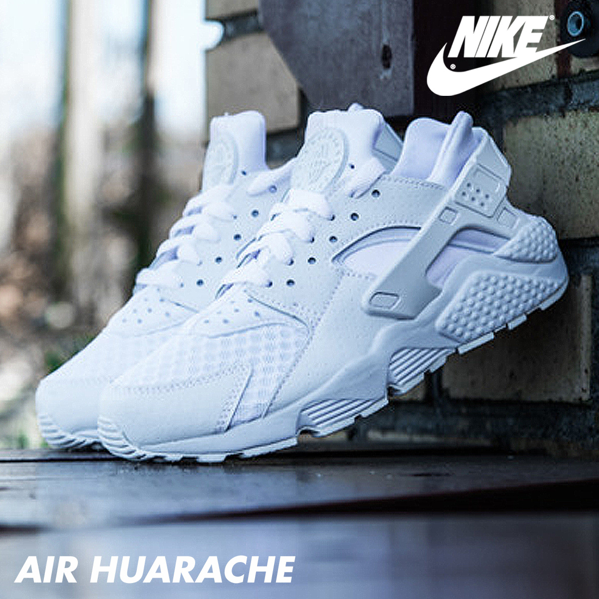 watch 1789e 413f9 Nike NIKE エアハラチスニーカー AIR HUARACHE 318,429-111 men s shoes white  7 8  Shinnyu load