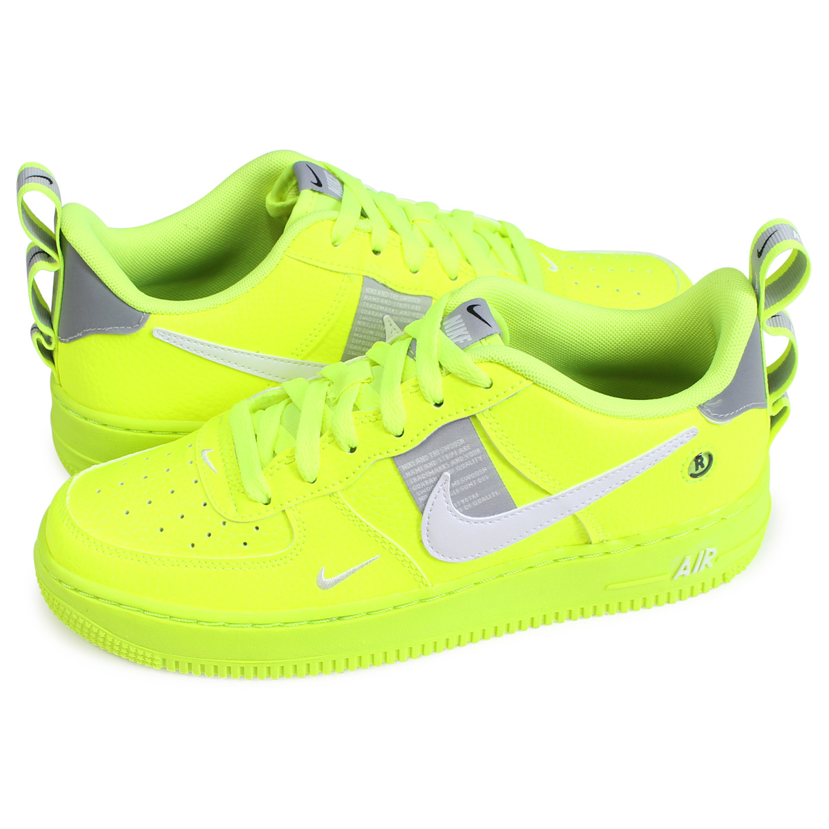 the latest f97b1 4355d  brand NIKE getting high popularity from sneakers freak . GS model appears  from constant seller model
