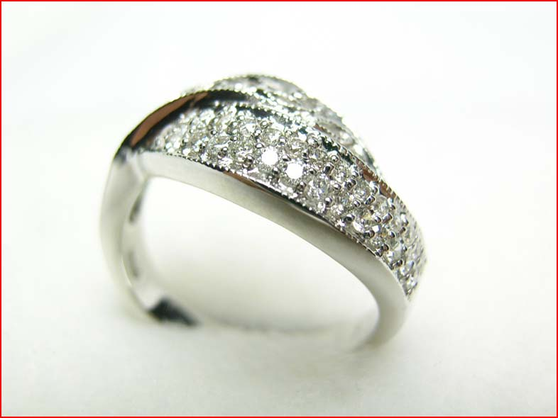 K18WG マイクロセッティング ダイヤモンドリング クリスマス会 出産祝 割引セール 成人の日 内祝