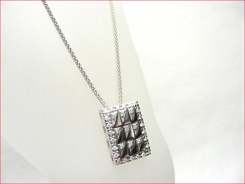 ホワイトゴールド ダイヤモンド ブラックシェル レクタングルモチーフ ペンダント 0711お得10