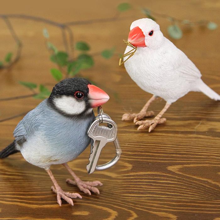 トラスト 鳥グッズ 文鳥 小鳥 動物 アニマル リアル フィギュア 鳥 置物 おもちゃ オブジェ グッズ インテリア ギフト 磁石 桜文鳥 女性 おもしろ 面白い 定番 プレゼント クリップスタンド 誕生日プレゼント プレゼ 誕生日 カード立て DEAL08 バーディービル 白文鳥