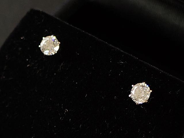 【NEW】 ピアス - earing - ダイヤモンド ピアス PT (プラチナ) / ダイヤ (0.30ct×2)