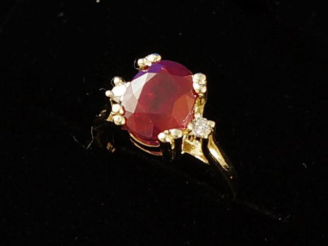 【NEW】 ルビー&ダイヤモンドリング - RING - センター オーバル ルビー 2P ラウンド ダイヤ YG イエローゴールド 無垢 / ルビー (4.60ct) / ダイヤモンド (0.18ct) 指輪