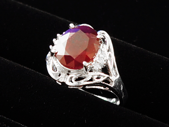 【NEW】 ルビー&ダイヤモンド リング - RING - センターオーバルルビー 6Pダイヤ  K14WG (14金 ホワイトゴールド) / ルビー (4.80ct) / ダイヤ(0.10ct) 指輪
