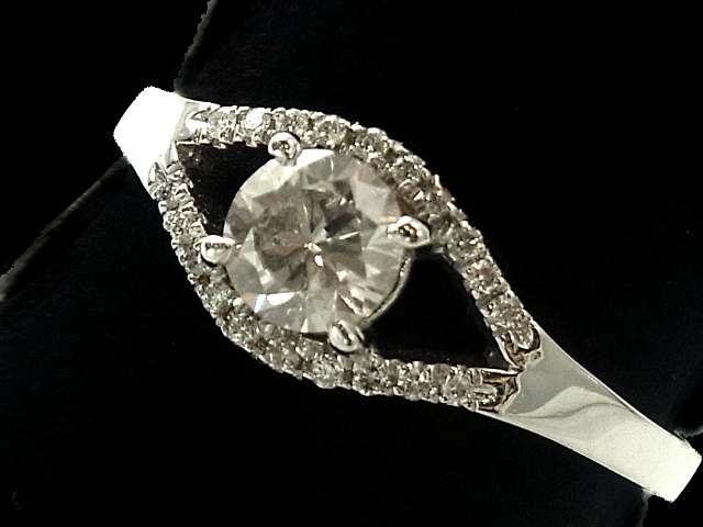 【NEW】 ダイヤモンド リング - RING - Dカラー VS2 ベルギー製 大粒1粒+22Pダイヤ  WGホワイトゴールド無垢 / ダイヤ(0.63ct) 指輪