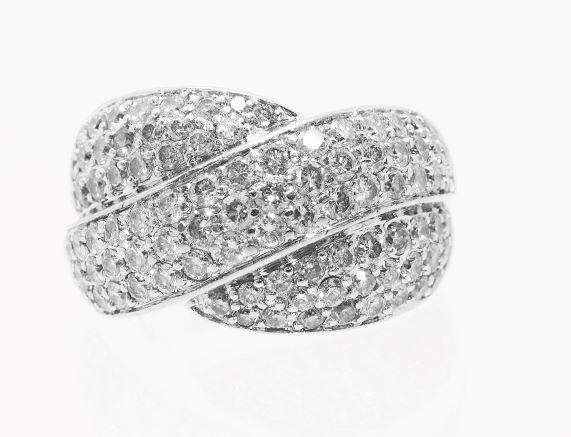 NEW 大型高級ダイヤモンド リング RING ホワイトゴールド無垢 返品送料無料 クロスセット 人気ブランド パべセッティング K18WG
