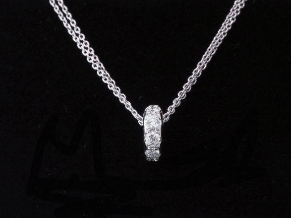 【NEW】 高品質なスタージュエリー・ダイヤモンド・ネックレス --無色・透明 白光を撒き散らす0.30ctのデザイン・ダイヤモンド ・ネックレス PT プラチナ・ ダイヤ (0.30ct)