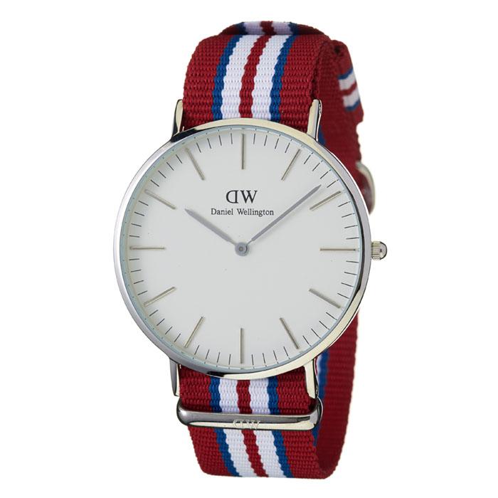 9cf25ea0be57 (箱凹み) 冬のアウトレットsale 在庫処分セールバーゲン ダニエルウェリントン 腕時計 40mm