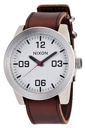 【おひとり様1点限り】ニクソン腕時計 NIXON時計 nixon(ニクソン) 腕時計[ニクソン時計] コーポラル CORPORAL SILVER   BROWN メンズ シルバー NA2431113-00[アナログ ブラウン][][プレゼント ギフト][卒業 入学 就職 祝い 中学生 高校生 大学生 社会人][あす楽]