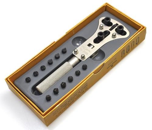 自分で電池交換できる 防水時計用裏蓋開け器 3点支持オープナー スクリューバックオープナー セールSALE%OFF 防水腕時計用裏ぶたはずし 三点支持 販売