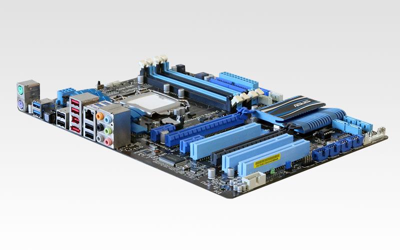 P8P67 LE ASUSTeK Computer ATXマザーボード Intel P67/LGA1155【中古】【送料無料セール中! (大型商品は対象外)】