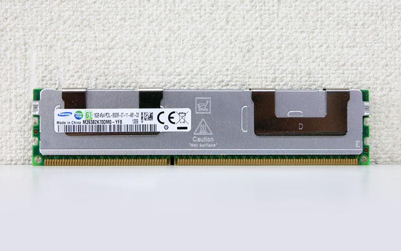 M393B2K70DM0-YF8 Samsung 16GB DDR3-1066 PC3L-8500R Registered ECC 1.5V/1.35V 240pin【中古】【送料無料セール中! (大型商品は対象外)】