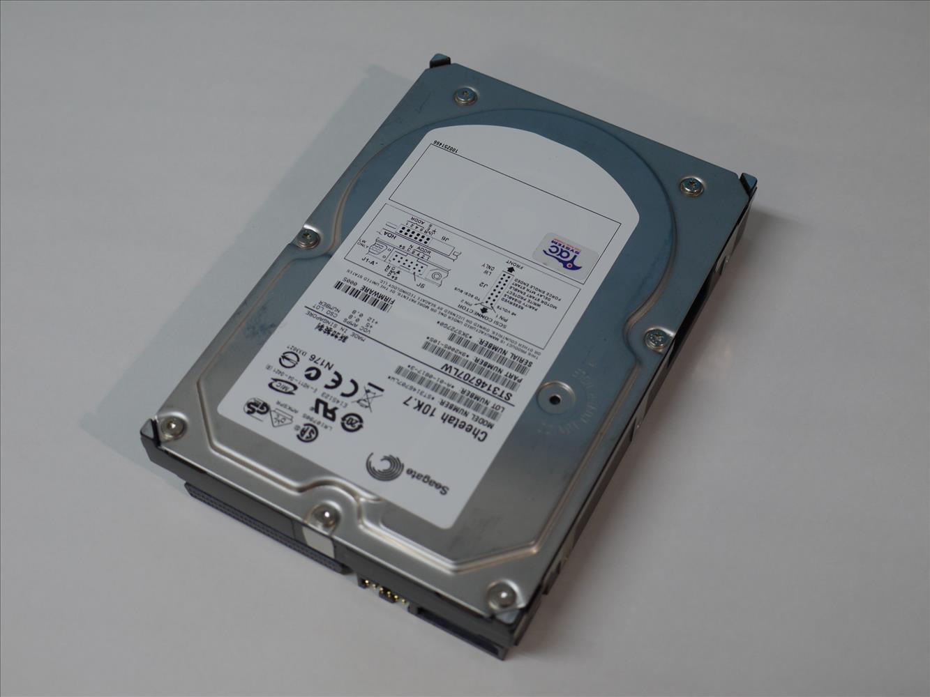 Seagate ST3146707LW 146GB 10000rpm 3.5インチ Ultra-320 SCSI 68Pin 【中古】【送料無料セール中! (大型商品は対象外)】