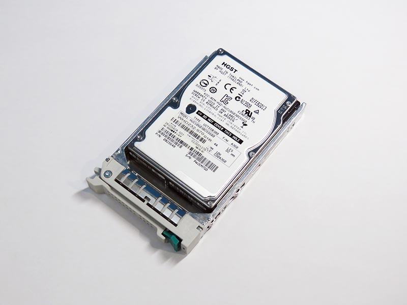 TN8150-301 東芝 SAS 300GB磁気ディスク 2.5インチ/SAS/10000rpm HGST HUC106030CSS600 マウンタ付き【中古】【送料無料セール中! (大型商品は対象外)】