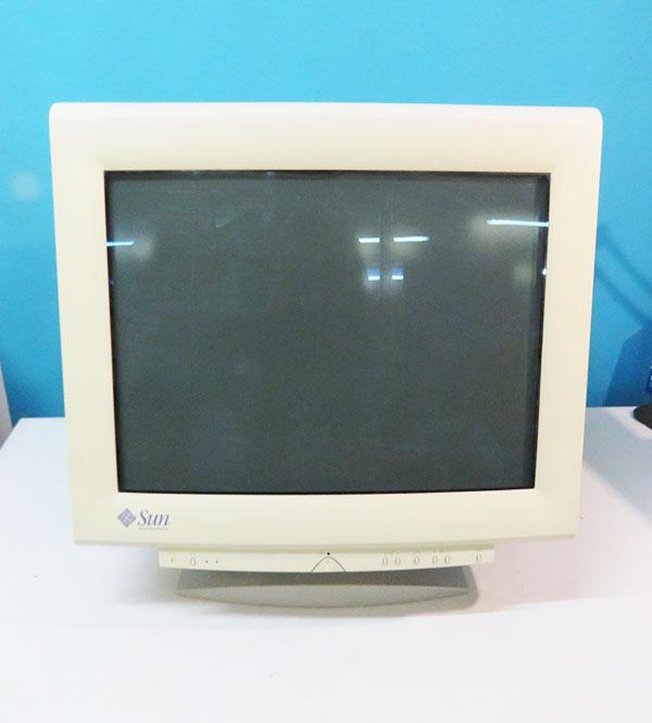 3651383-01 Sun Microsystems 21インチ CRTディスプレイ 1600x1200 SONY GDM500PS【中古】【送料無料セール中! (大型商品は対象外)】