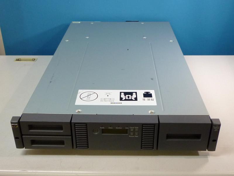 StorageWorks MSL2024 HPテープライブラリ LTO4 Ultrium 1840 G3【中古】【送料無料セール中! (大型商品は対象外)】