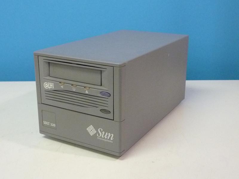 380-0826 SUN R-S23BA-HW SCSI外付 Super DLT 320/160ドライブ【中古】【送料無料セール中! (大型商品は対象外)】