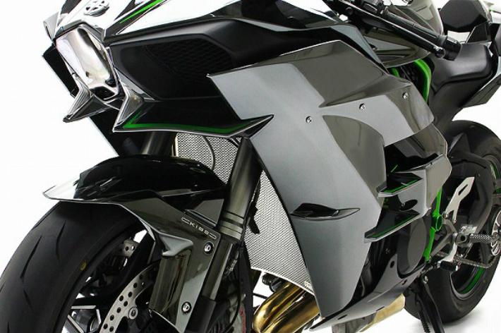 Ninja H2チタニウムプロテクションスクリーンモトコルセ