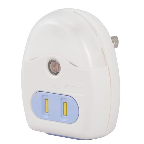 5980円 税込 以上で送料無料 販売 追加で何個買っても同梱0円 オーム電機 カバーホワイト コンセント付ナイトライト 白色LED センサー式 R39MS-W バーゲンセール