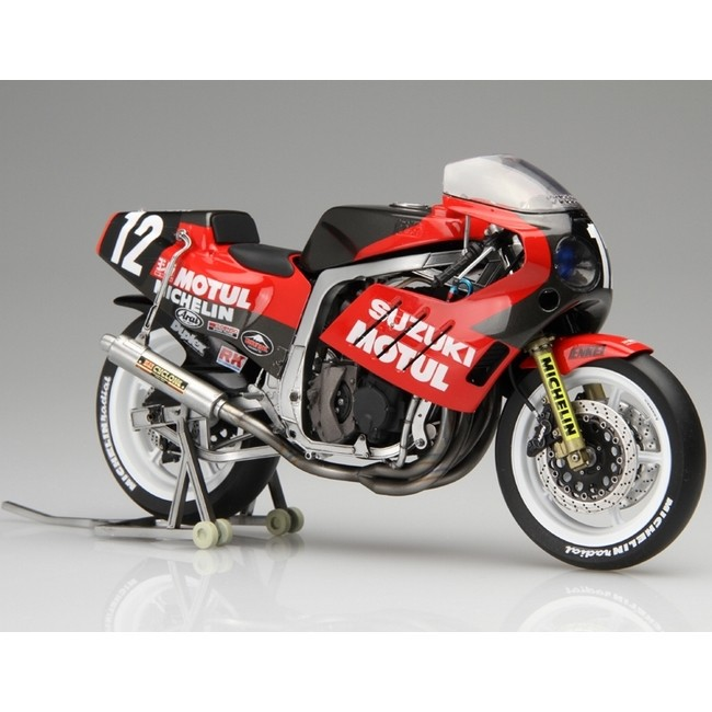 YOSHIMURAヨシムラ プラモデルフィギュア プラモデル 1 12 バイクシリーズ 販売実績No.1 NO.2 SUZUKI GSX-R750 スズキ ヨシムラ YOSHIMURA オーバーのアイテム取扱☆ スズキGSX-R750