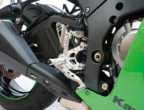 GILLES TOOLING ギルズツーリング FACTOR-X ステップキット ZX-10R
