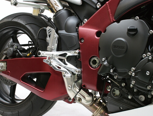 GILLES TOOLING ギルズツーリング FACTOR-X ステップキット YZF-R1