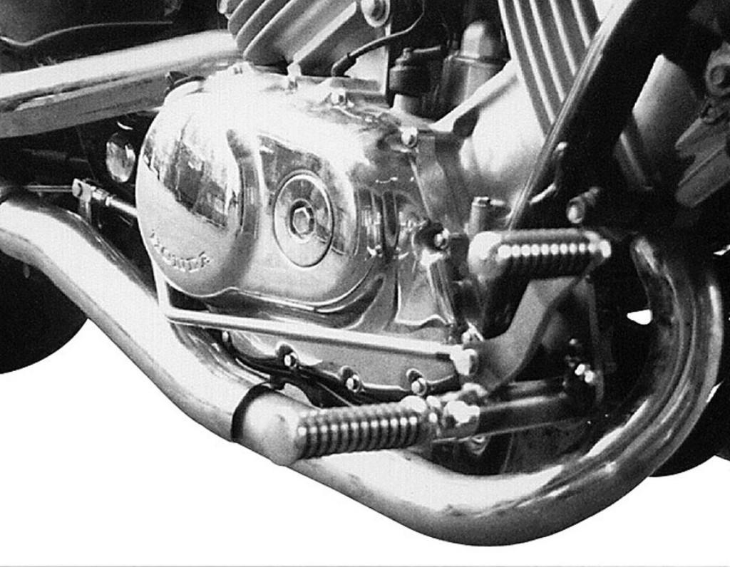 MOTORRAD BURCHARD モトラッド バーチャード Forward Controls Kit 23cm forward TUV VF 750 C Magna