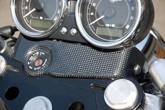 OSCAR オスカー メインスイッチカバー カーボン V7 Classic