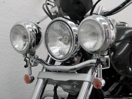 Fehling フェーリング エンジンカバー ライトバー 後付ヘッドライト用 VT750S