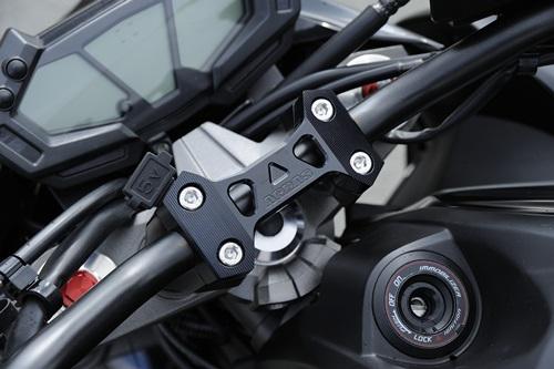 AGRAS アグラス ハンドルポスト ハンドルアッパーブラケット カラー:ブラック Z800, 住宅設備のプロショップDOOON!!:0d9eb09c --- onlinesoft.jp