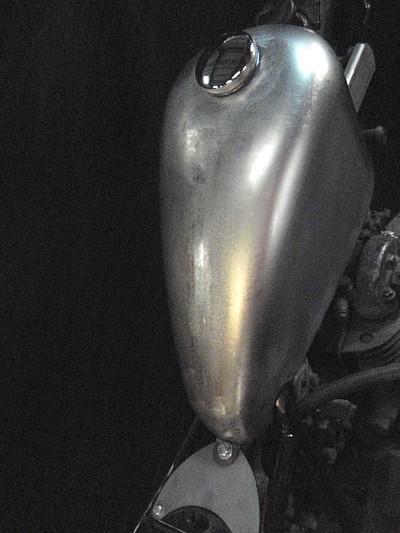 部品屋K&W チョップドハイマウント スポーツスタータンク SR400 : SR500