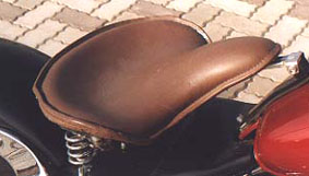 American Dreams アメリカンドリームス シート本体 軍用車シートキット(本皮黒) ガソリンタンク 9リットル専用 スティード400