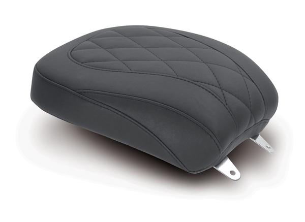 MUSTANG マスタング TRIPPER(TM) ワイドリアシート ダイヤモンドパターンステッチ付き (Wide Tripper(TM) Diamond Stitch Rear Seat) Softail 00-06