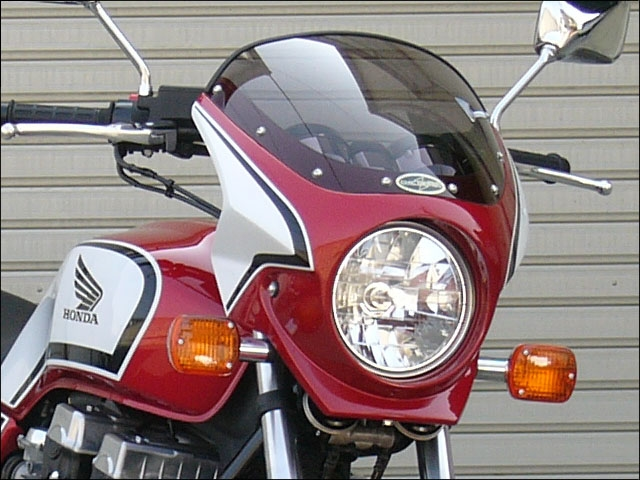 CHIC DESIGN シックデザイン ビキニカウル・バイザー ロードコメット2 カラー:Cブレイジングレッド/ホワイト/ブラック(CB-Fカラー) カラー:クリア CB750