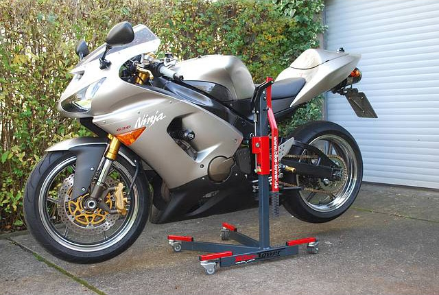 Bike Tower メンテナンススタンド類 バイクタワースタンド ZX-636用 ZX-636