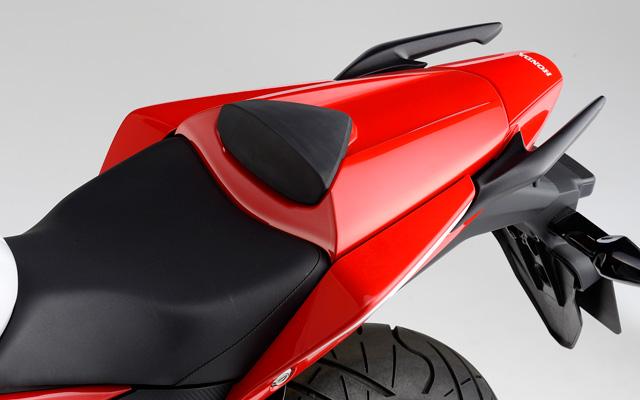 【イベント開催中!】 HONDA ホンダ シングル・シートカウル カラー:ゲイエティーレッド※CBR250R (MC41) Special Edition対応色 (08F70-K33-T70ZB) CB250F CBR250R (2011-)